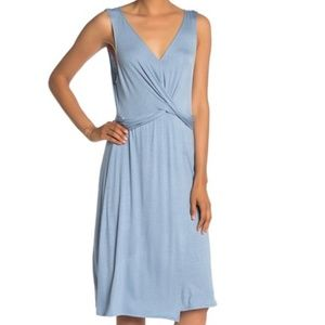 The Vanity Room Large Light Blue Sleeveless Dress